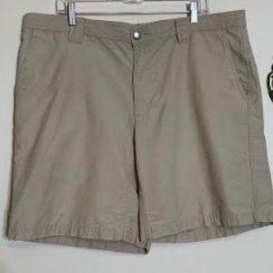 Columbia Khaki Cargo Shorts Sz 40
